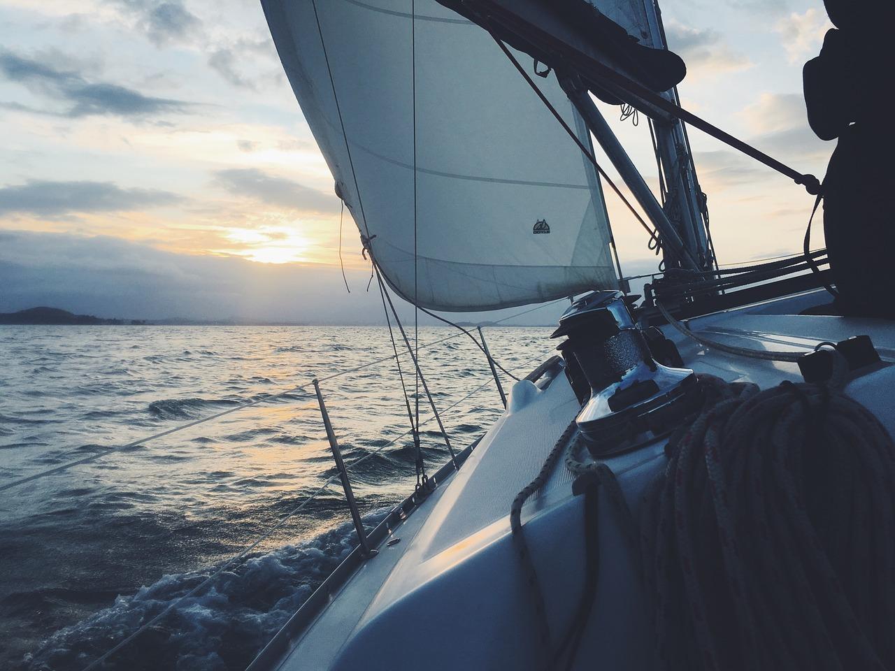 sail-boat-holiday