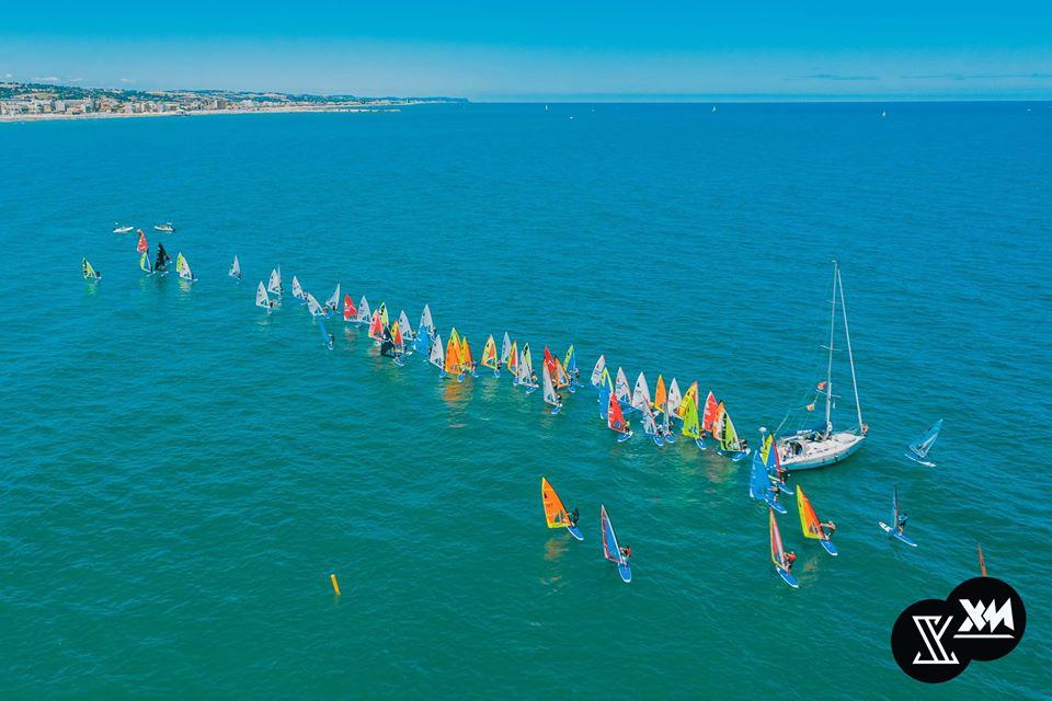 windsurfer-class-regata